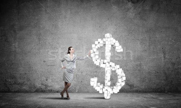 Foto stock: Ricos · jóvenes · mujer · de · negocios · grande · signo · de · dólar