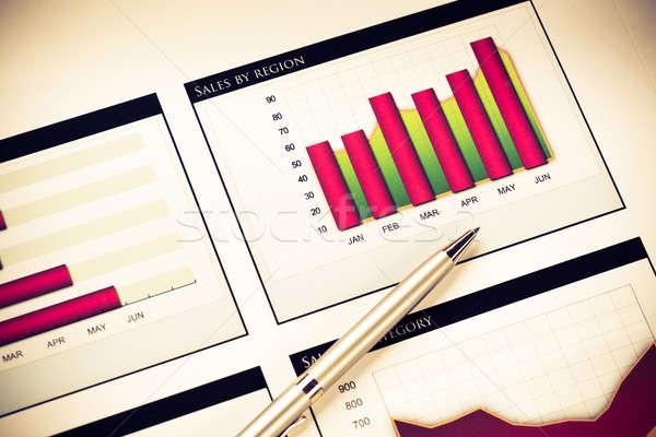 Business stilleven charts grafieken verkoop symbool Stockfoto © adam121