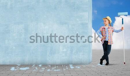 Erkek duvar görüntü şapka fırçalamak boya Stok fotoğraf © adam121