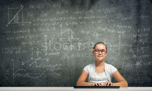 Pequeño escuela genio nina edad rojo Foto stock © adam121