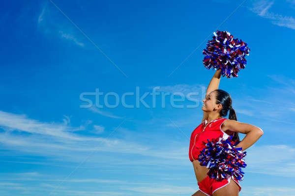 Jonge cheerleader Rood kostuum blauwe hemel mode Stockfoto © adam121