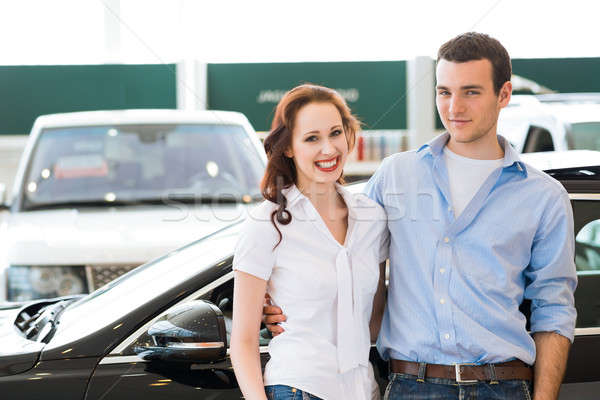 выставочный зал Постоянный автомобилей пару Сток-фото © adam121
