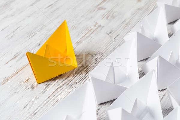 Affaires blanche couleur papier bateaux Photo stock © adam121