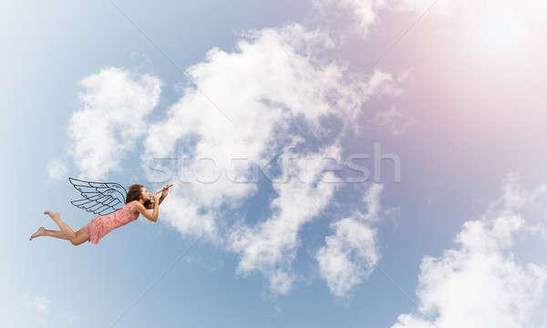 小さな 無料 きれいな女性 飛行 空 演奏 ストックフォト © adam121