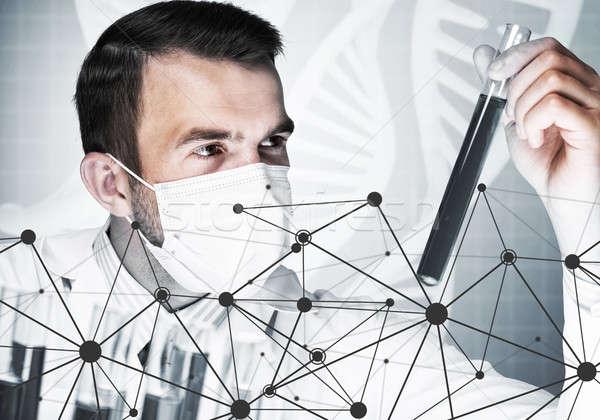 Młodych naukowiec szkła kliniczny Zdjęcia stock © adam121