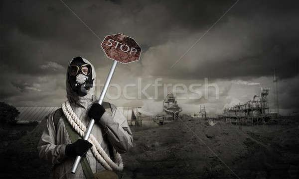 Apokalipszis szerencsétlenség gázmaszk óvintézkedés stop férfi Stock fotó © adam121
