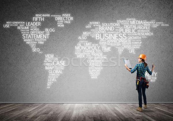 Bouw globalisering vrouwelijke bouwvakker kamer business Stockfoto © adam121