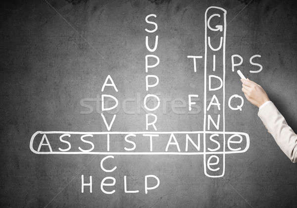 Scribble Drawing Crossword : Kobieta · zwrócić krzyżówka działalności tablicy