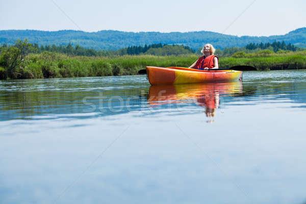 Donna rilassante kayak vita Foto d'archivio © aetb
