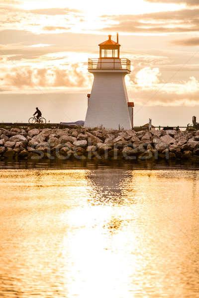 ストックフォト: 灯台 · 半島 · 新しい · ケベック · カナダ · 雲