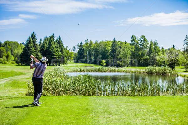 成熟した ゴルファー ゴルフコース スイング 開始 ストックフォト © aetb