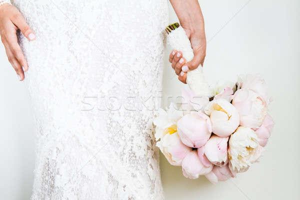 Kobieta nice bukiet ślubny biały ściany Zdjęcia stock © aetb