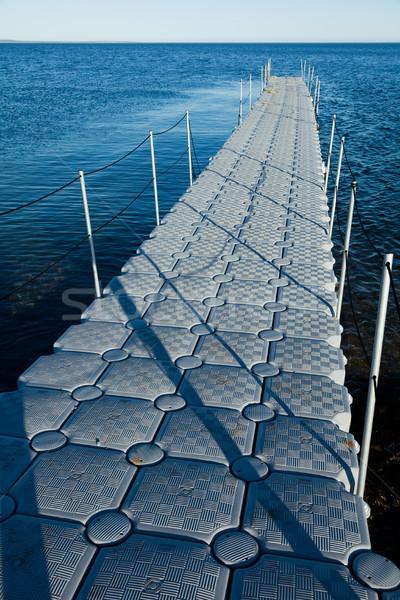 Widoku molo nowego projektu plastikowe łodzi Zdjęcia stock © aetb