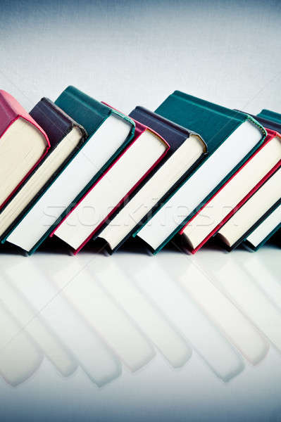 Piros fekete zöld könyvek csetepaté fehér Stock fotó © aetb