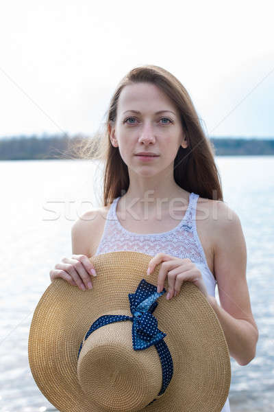 そばかすのある 幸せな女の子 帽子 見える カメラ ストックフォト © Agatalina