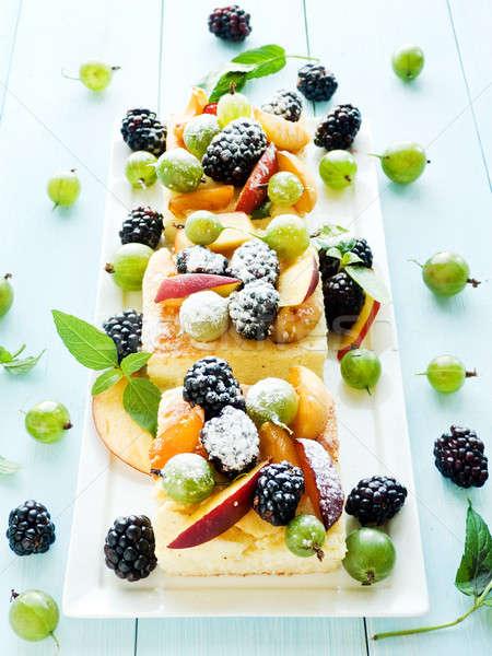 Berry baies peu profond fruits Photo stock © AGfoto