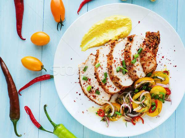 Vacsora tányér sült Törökország saláta mártás Stock fotó © AGfoto