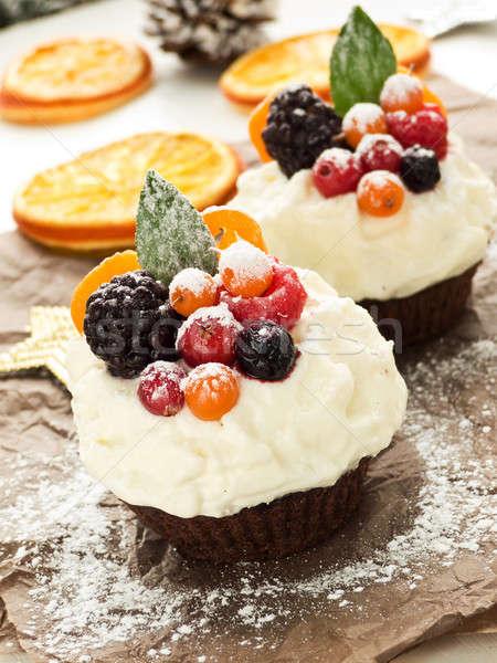 Minitorták karácsony tejszínhab gyümölcsök bogyók sekély Stock fotó © AGfoto