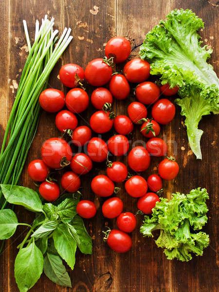 Pomidorki zielenina Sałatka wiśniowe zioła Zdjęcia stock © AGfoto