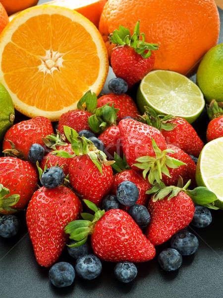 Gyümölcsök keverék friss bogyók fekete sekély Stock fotó © AGfoto