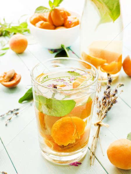 Abrikoos zoete drinken glas mint ondiep Stockfoto © AGfoto