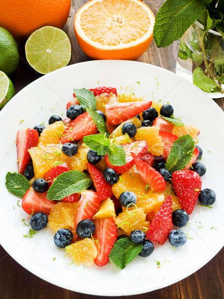 Gyümölcssaláta friss saláta különböző gyümölcsök bogyók Stock fotó © AGfoto