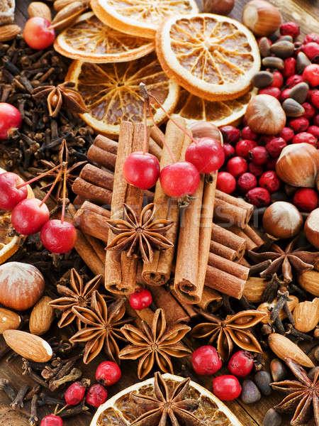 Natal temperos frutas nozes Foto stock © AGfoto