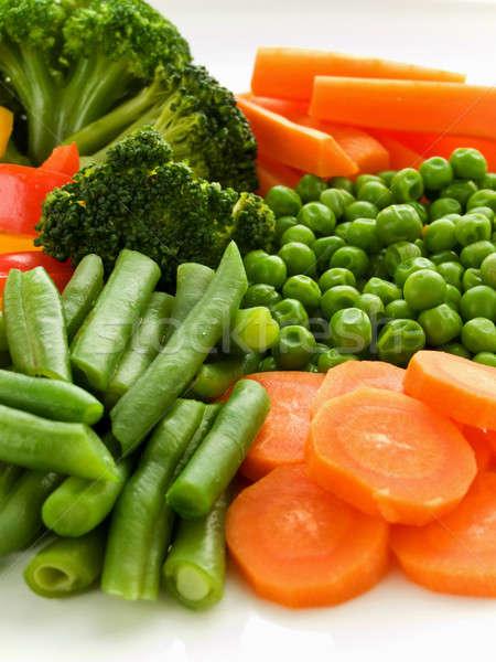 Zöldségek tányér friss egészséges sekély mélységélesség Stock fotó © AGfoto