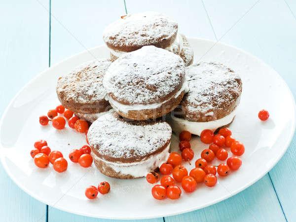 Chocolate bolos pequeno creme raso Foto stock © AGfoto