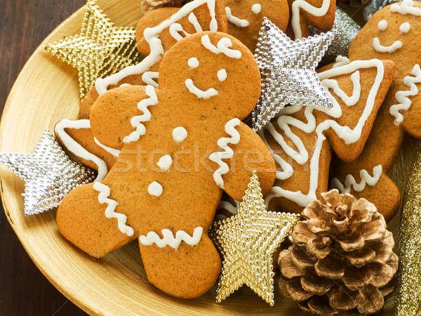 Zencefilli çörek kurabiye geleneksel ahşap plaka sığ Stok fotoğraf © AGfoto