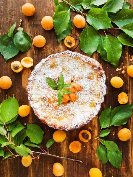 édes sárgabarack pite friss sült menta Stock fotó © AGfoto