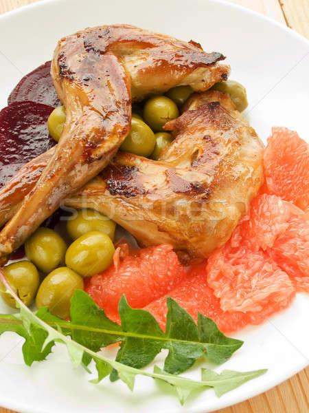 Diner plaat konijn benen plantaardige Stockfoto © AGfoto