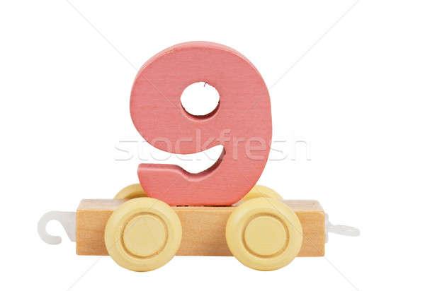 Foto stock: Brinquedo · de · madeira · número · rodas · isolado · branco · escolas