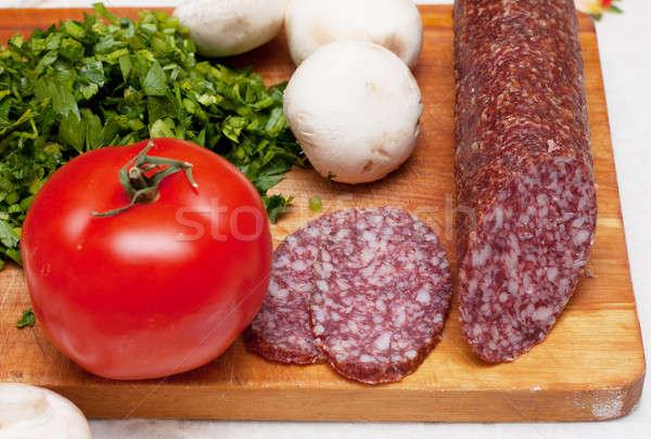 Stock fotó: Hozzávalók · pizza · petrezselyem · kolbász · paradicsomok · kés