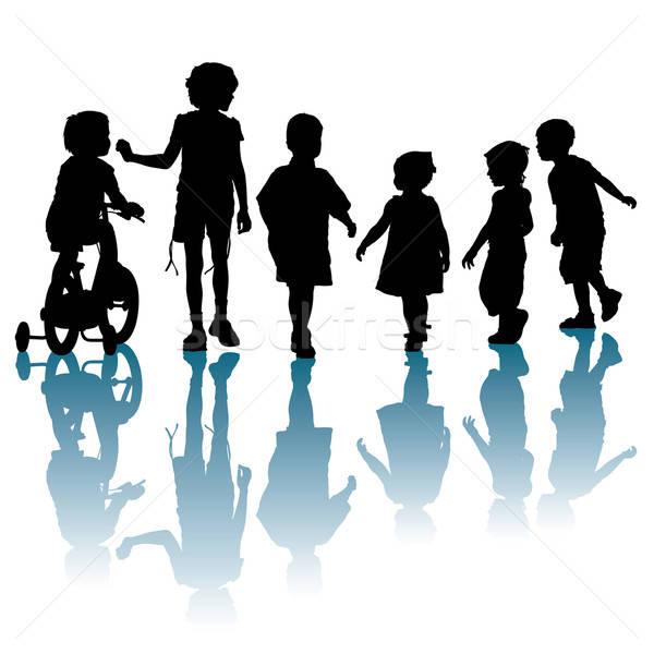 Stock fotó: Gyerekek · gyerekek · sétál · beszél · barátok · nyár