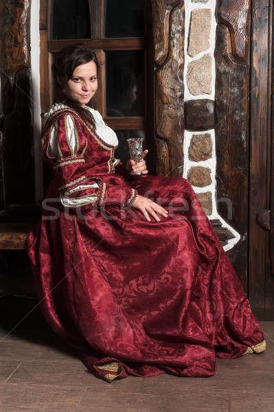Güzel kadın kırmızı elbise Retro barok stil ortaçağ Stok fotoğraf © Aikon