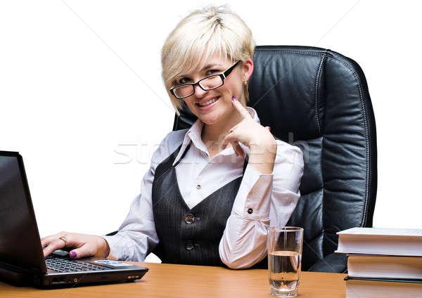 Mooie zakenvrouw laptop aantrekkelijk zakenvrouw werken Stockfoto © Aikon