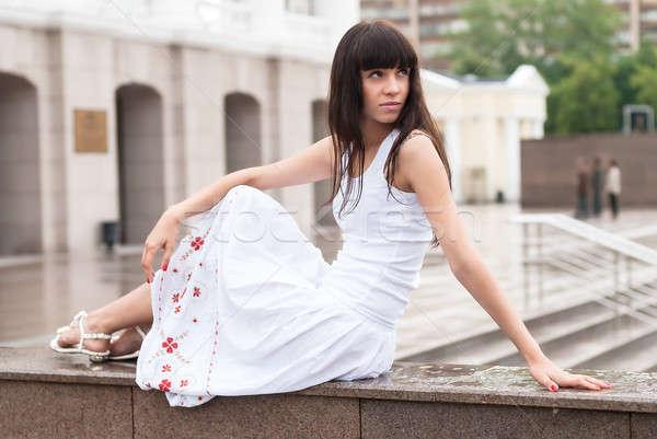 魅力的な 悲しい 少女 市 劇場 小さな ストックフォト © Aikon