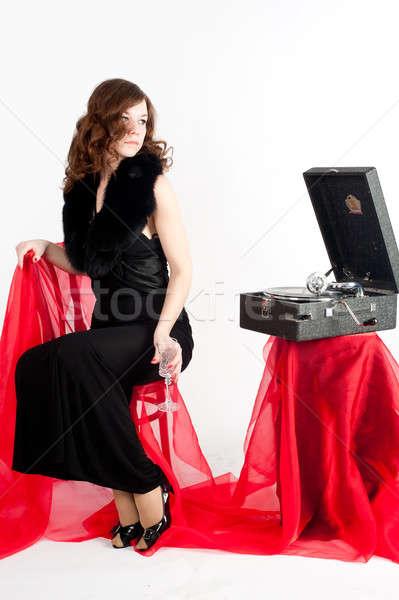 Gyönyörű nő gramofon gyönyörű fiatal nő hallgat zene Stock fotó © Aikon