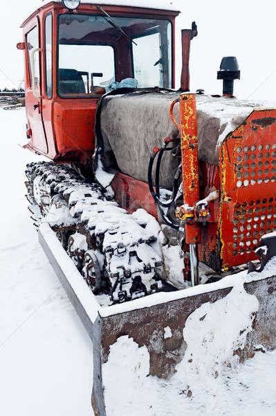 Congelada escavadeira neve em pé temporada de inverno céu Foto stock © Aikon