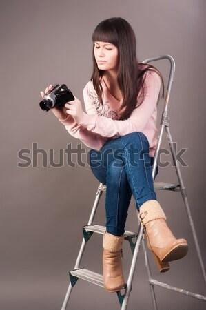 Aantrekkelijke vrouw ladder zwaar boor mooie brunette Stockfoto © Aikon
