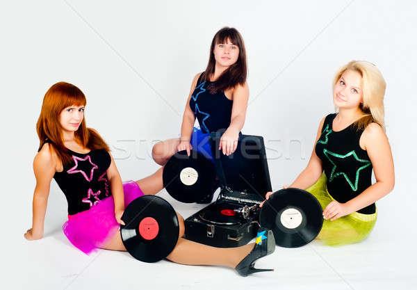 Stock fotó: Három · csinos · lányok · gramofon · fiatal · gyönyörű