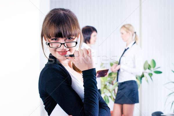 Fiatal vonzó üzlet hölgy csinos üzletasszony Stock fotó © Aikon