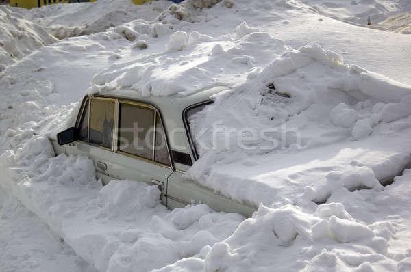 Stockfoto: Sneeuw · auto · verloren · winterseizoen · boom · weg