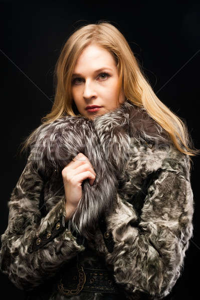 Kürk güzel bir kadın siyah kadın portre Stok fotoğraf © Aikon