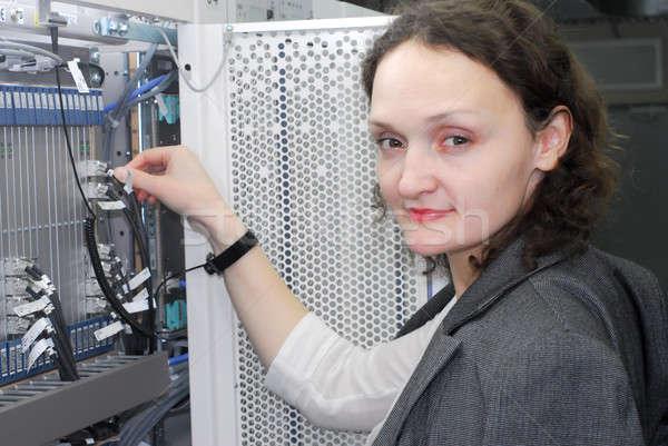 Kadın çalışma telekomünikasyon teknik Stok fotoğraf © Aikon