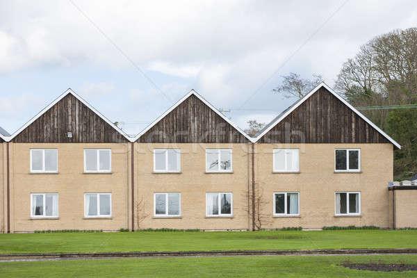 Rij drie appartement gebouw home stedelijke Stockfoto © Aitormmfoto