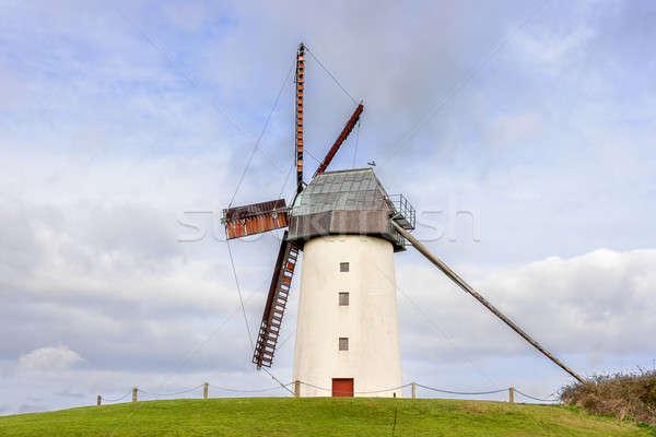 ストックフォト: 田園風景 · 伝統的な · 古い · 風車 · 空 · 水