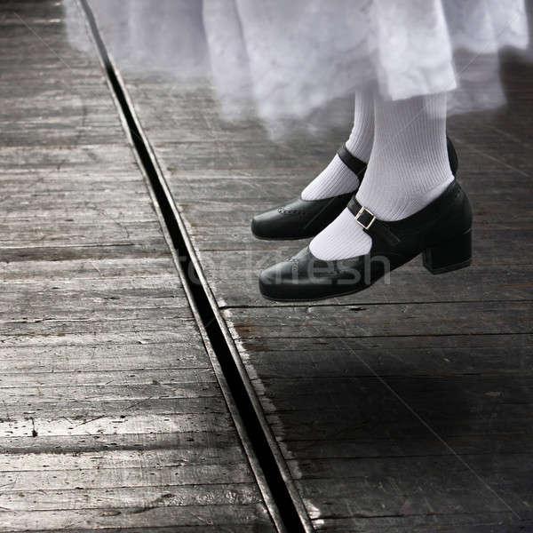 Aktris atlamak kadın dansçı atlama pozisyon Stok fotoğraf © ajfilgud