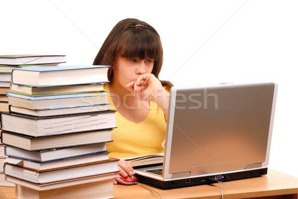 Photo stock: Fille · ordinateur · adolescente · livres · isolé · blanche